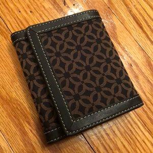NWOT Tri-fold wallet